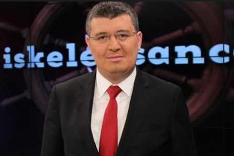 Mehmet Acet Kimdir? Nereli? Kaç yaşında? Gazetecilik Kariyeri, Hayatı