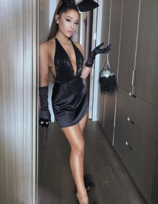 Ariana Grande9