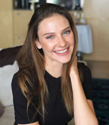 Alina Boz2