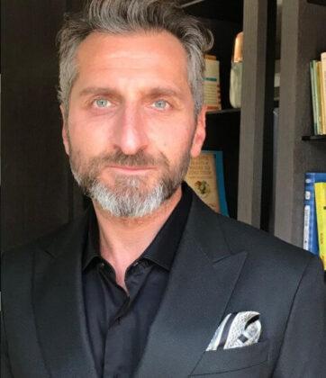 Tim Seyfi2