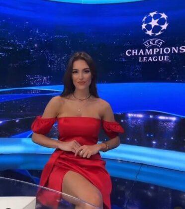 Eva Murati3
