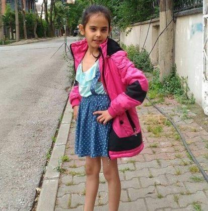 Cemre Zisan Sagbir1